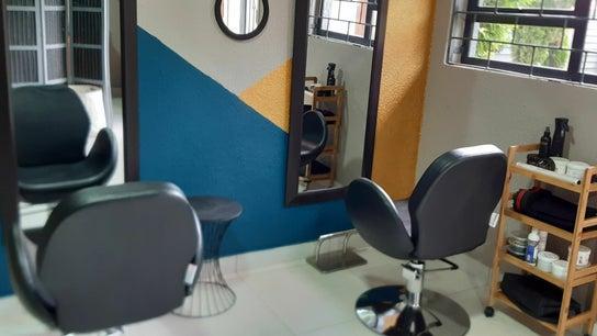 Fros And Melanin Natural Hair Studio