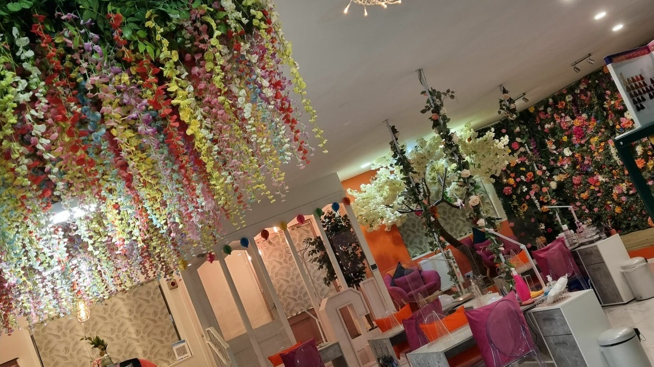 Couture Lounge  - 1