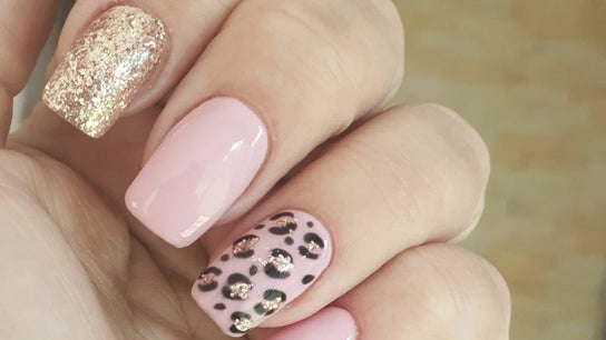 Dorsie nails and beauty