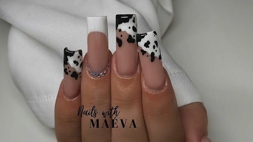 NAILS WITH MAÉVA - 1