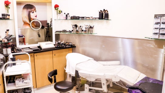 Amro Ladies Salon 3