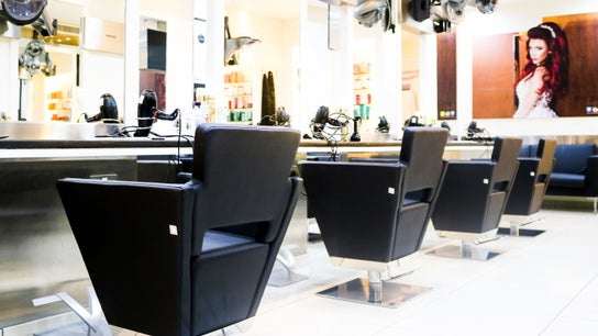 Amro Ladies Salon 1