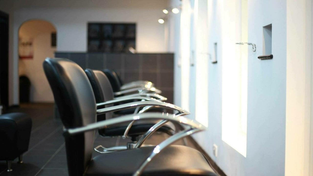 Charlie Browns Hair Studio Ltd