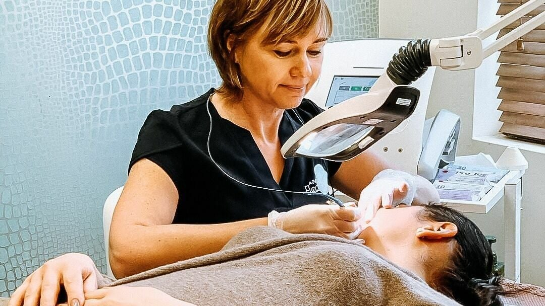Advanced Electrolysis Clinic | Rouge - 1