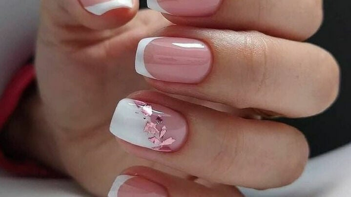 We care nails spa