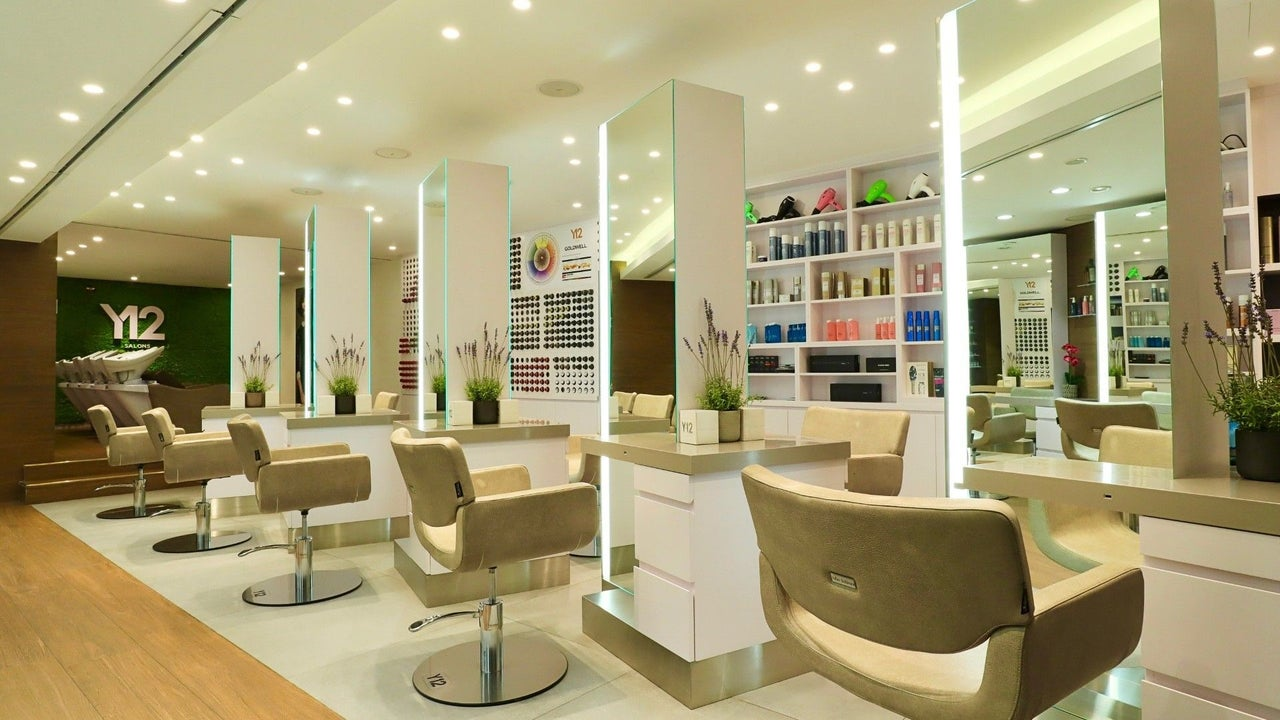 Y-12 Salon Ritz Carlton