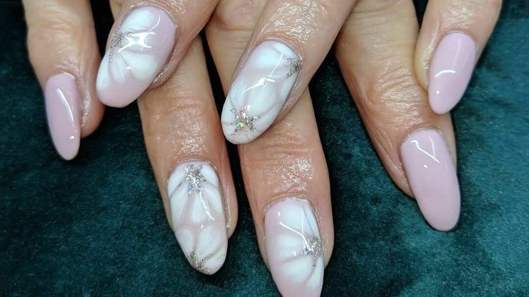 Jude's Creative Nails