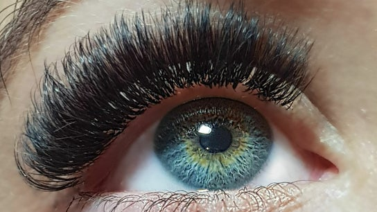 About.Lashes by Faye