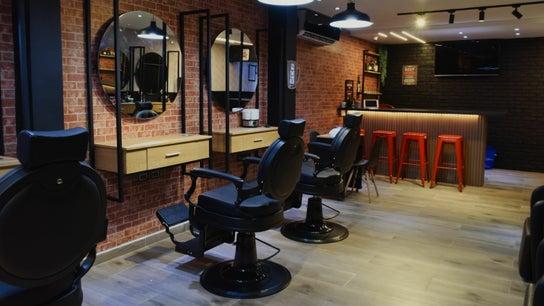 Varonil Barber Room