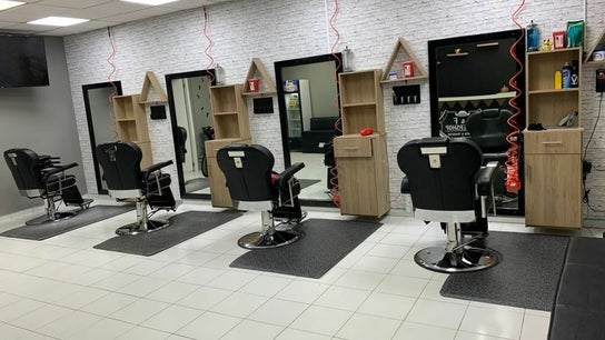J&F Barbershop & CZ Nails