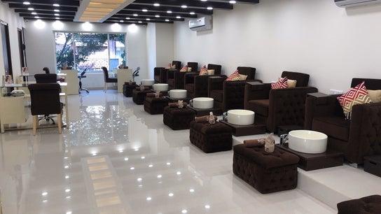 The Mani Pedi Spa, Galleria Market, DLF 4
