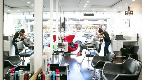Taj Beauty Salon