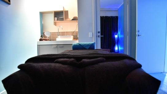 Oiled Massage @ The Pier Salon -  Shangri-La Hotel