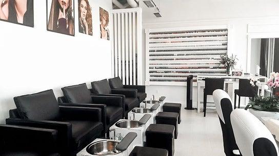 Phi Beauty Bar