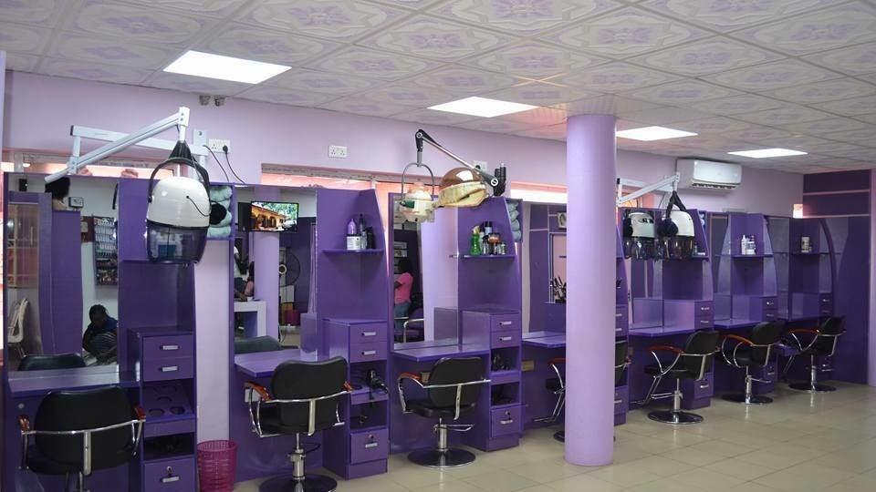 Pwatee's Beautique Salon & Spa