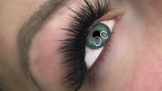 Pretty Little Lashes by Jade
