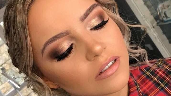 Carla Bailie Makeup Artist