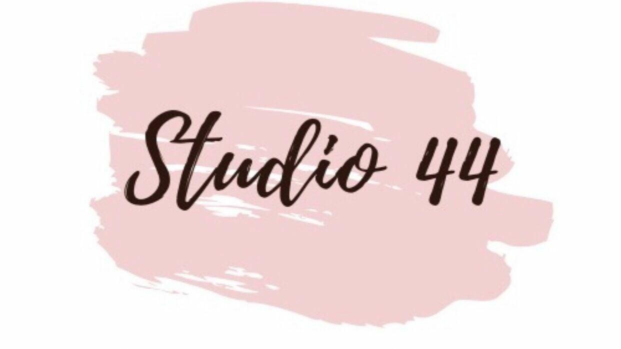Studio 44 - 1