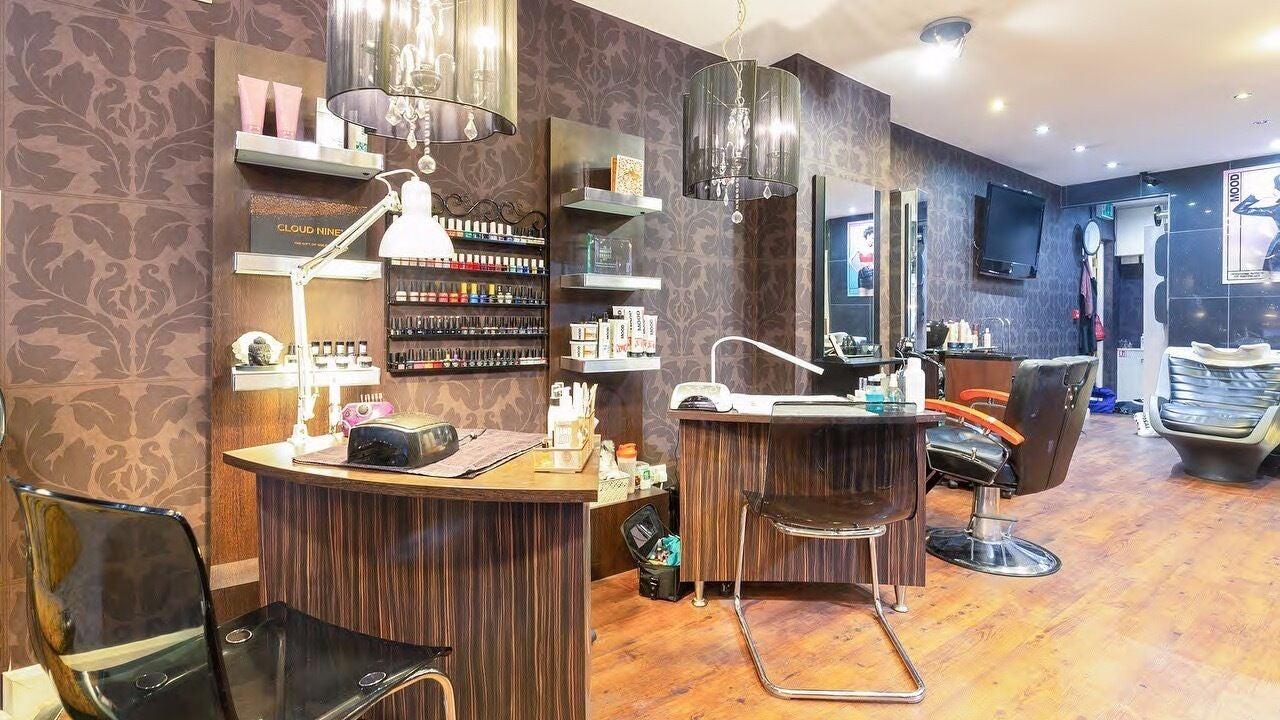 The Dalton Street Salon - 1