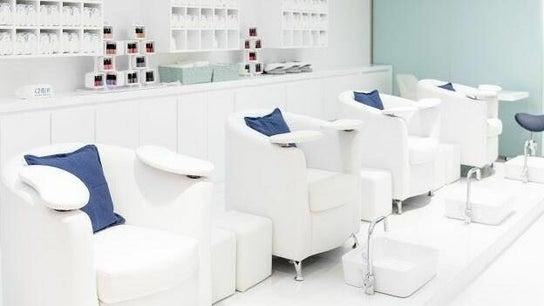 Chloe's Beauty, Hair & Nails - Jumeirah Islands Clubhouse 0