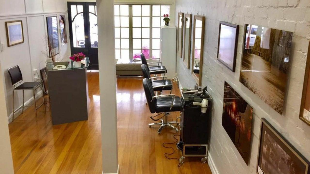 Salon @ 72 - 1