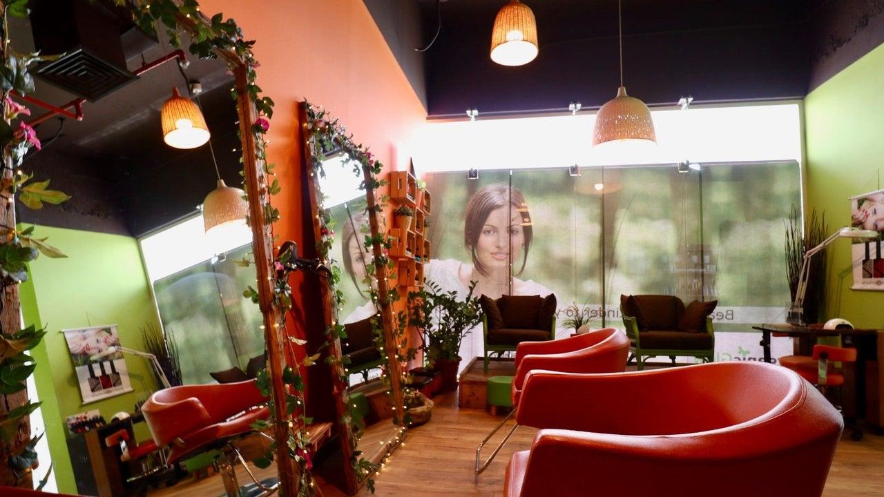 The Organic Glow Beauty Lounge JVC - 1