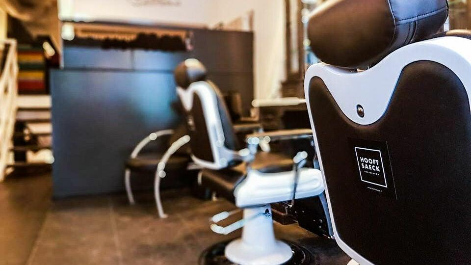 Hooftsaeck Barbershop - 1