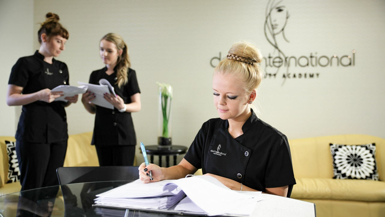 Demi International Beauty Academy - Wednesday Bookings