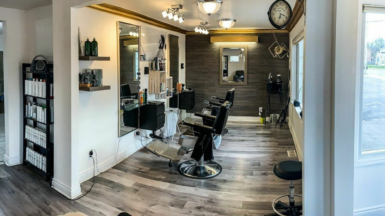 5 One 7 Barbershop and Salon