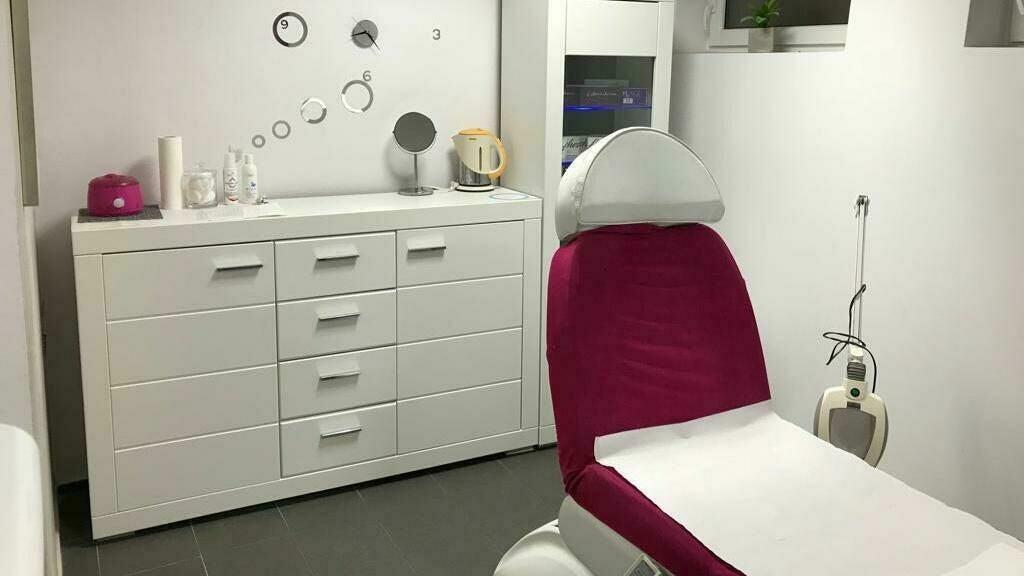 Gabinet Kosmetyczny i Masażu - 1