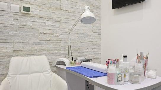 ICEQUEEN Beauty Salon 0