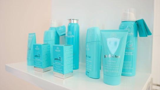 ICEQUEEN Beauty Salon 1