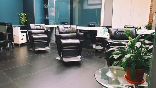 Giscard Salon For Men